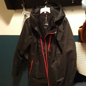 •!Great North face ski Jacket!•